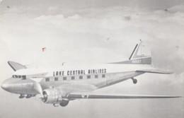 Lake Central Airlines DC-3 In Flight, C1950s/60s Vintage Postcard - 1946-....: Era Moderna