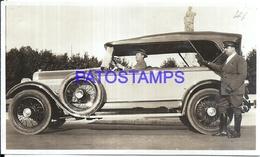 113010 AUTOMOBILE OLD CAR AUTO SEDAN AND DRIVER & MAN PHOTO NO POSTAL POSTCARD - Postales
