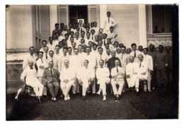 """PHNOM-PENH PROTECTORAT DU CAMBODGE -PHOTO Groupe  Des  RESIDENTS Et Imployés EN INDOCHINE """"Résidence Principale"""" En 1927 - Programmi"""