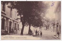 CPA 84 PIOLENC La Mairie Et La Place - Piolenc