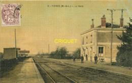 49 Tiercé, La Gare, Chef De Gare, Cheminots...., Carte Toilée Colorisée - Tierce