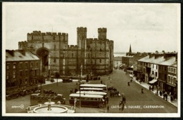 Ref 1293 - Early Postcard - Coaches Buses & Cars - Castle & Square Caernarvon Wales - Caernarvonshire