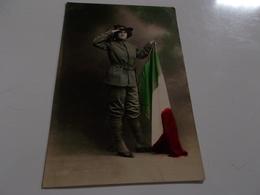 B727   Militare Con Cappello Bandiera Cm13x8,5 - Uniformi