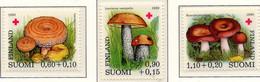 PIA - FINLANDIA  - 1980 : Pro Croce Rossa- Funghi - (Yv 828-30) - Funghi