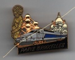 Pin's TGV PARIS BRUXELLES Manneken-pis BALLARD Doré à L'Or Fin, Tgv Bleu..BT13 - TGV