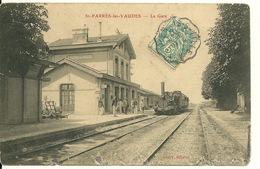 10 - SAINT PARRES LES VAUDES / LA GARE AVEC TRAIN +++++++++ - France