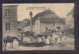 CPA 70 - POLAINCOURT - Place De La Fontaine - TB PLAN CENTRE VILLAGE Avec TB ANIMATION GROS PLAN Personnages - Frankreich