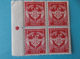 TIMBRE : FRANCE : No: 12 , FRANCHISE MILITAIRE , (bloc De 4)  XX,timbres En Bon état - Franquicia Militar (Sellos)