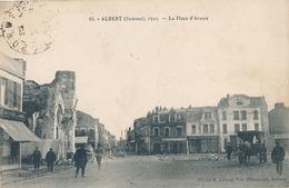 ALBERT - N° 15 - 1925 - LA PLACE D'ARMES - Albert