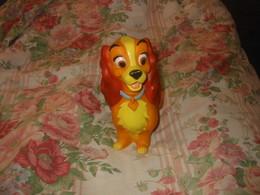 Jouet POUET-POUET  BELLE Walt Disney 1967  Delacoste - Disney