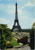 Paris - Les Jardins Du Trocadero Et Le Pont D'lena,  La Tour Eiffel Et La Champs De Mars - Traveled 1971. - Eiffelturm
