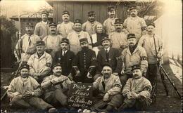 """CARTE PHOTO    Groupe De Militaires De NIMES  Poste 7 """" Les Poilus 89 """" - Weltkrieg 1914-18"""