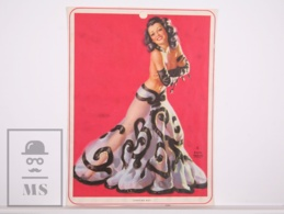 Pin-up Girl By Earl Moran, 'Stepping Out' - Calendar Original Print - Printed By Haines - 17,5 X 23,5 Cm - Other