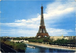Paris - La Tour Eiffel - Traveled 1968. - Eiffelturm