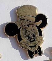 BD268 Pin's Disney MICKEY Chapeau Signé  ARTHUS BERTRAND Disney Achat Immediat - Disney