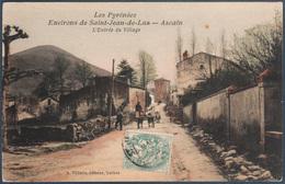 Environs De Saint Jean De Luz , Ascain , L'entrée Du Village , Animée - Saint Jean De Luz