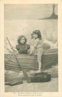 Cp  -  Enfants ,   La Mine Radieuse , Dans Le Canot         A285        E P - Scene & Paesaggi