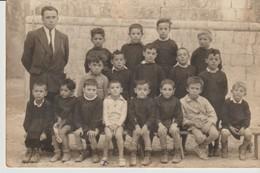 C. P. A. - PHOTO - MON PETIT FRÈRE JUJU - SUR LES BANCS DE L'ECOLE - PH. OLIVIER - CHAMONIX - Photographs