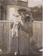 BECOMELY MANS TAME FOX TERRIER    RENARDS ANIMAUX ANIMALS ANIMALES 21*16CM Fonds Victor FORBIN 1864-1947 - Fotos