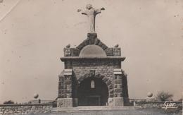 Martigne Ferchaud Monument De La Renaissance Pli Marque En Haut Coin Gauche - France