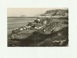 14 - PORT EN BESSIN - épaves De Bateaux Allemands Détruits Par Les Alliés Animé Bon état - Port-en-Bessin-Huppain