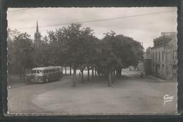 29 - Finistere - Scaer - Place Du Champ De Foire - Autobus - Car - France