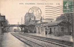 COLOMBES - Intérieur De La Gare - Colombes