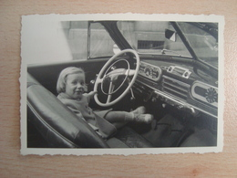 PHOTO AUTOMOBILE INTERIEUR A DEFINIR - Auto's