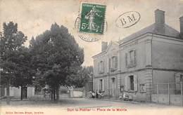 Dun-le-Poëlier      36        Place De La Mairie        (voir Scan) - France