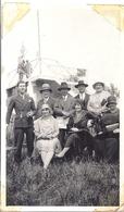 TARASCON  CHAMPS DE COURSE 1929  LISTE DES NOMS DES PERSONNES SUR LA PHOTO - Luoghi