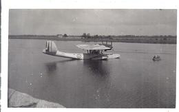 HYDRAVION  POSE SUR LA SAONE A MACON - Aviation
