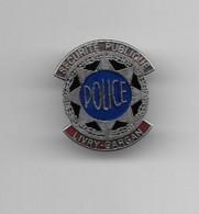 Pins Sécurité Publique Livry Gargan Parfait état - Polizei