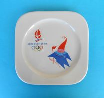WINTER OLYMPIC GAMES ALBERTVILLE 1992. - Beautifull Porcelain Plate * Jeux Olympiques D'hiver '92. Olympia Olympiade - Habillement, Souvenirs & Autres
