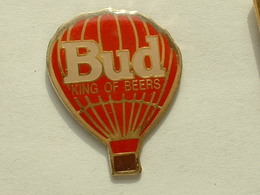 Pin's MONTGOLFIERE - BUD - KING OF BEERS - Airships