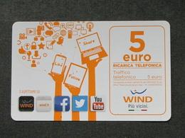 ITALIA WIND - LIKE FOLLOW SHARE 5 EURO SCAD. 30-06-2018 - USATA - Schede GSM, Prepagate & Ricariche