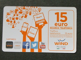ITALIA WIND - LIKE FOLLOW SHARE 15 EURO SCAD. 30-06-2018 - USATA - Schede GSM, Prepagate & Ricariche