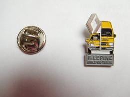 Beau Pin's , Auto Renault , Garage R. Lépine , Amplepuis - Tarare , Rhône - Renault