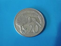 NOUVELLE ZÉLANDE  20  Cents  1980   -- TTB --   New Zealand  --   Kiwi - Nieuw-Zeeland