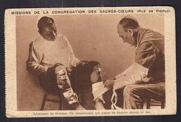 CPA SANTE - LEPRE - Léproserie De Molokaï - Un Missionnaire Qui Soigne Les Lépreux Depuis 32 Ans - Rue De PICPUS PARIS - Santé
