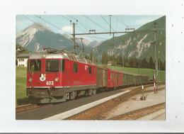 EN GARE DE SURAVA (124) CH DE FER RETHIQUES LE TRAIN 562 ST MORITZ- COIRE ARRIVE SUR LA LIGNE DE L'ALBULA AOUT 1985 - GR Graubünden