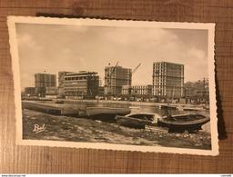 Le HAVRE Le Bassin Du Commerce Et Les Nouveaux Immeubles - Le Havre