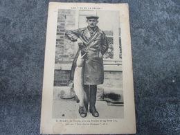 M. EULRY Avec Un Brochet De 14 Livres - Troyes
