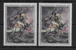 FRANCE - VARIETE SABRE ROUGE + NORMAL - YVERT N° 1365+1365a ** MNH  - COTE = 16 EUR. - Errors & Oddities