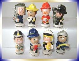 Pompiers Du Monde. .. Lot De 8... ( Pan 0043) - Pays