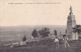 Haute-Saône - Morey - Au Sommet De La Roche, Monument érigé Après 1870 - Frankrijk