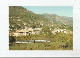 SOSPEL VUE GENERALE AU PASSAGE DU TRAIN DIRECT TORINO- NICE ASSURE PAR 2 AUTORAILS DES CHEMINS DE FER ITALIENS - Sospel