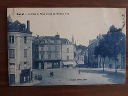 LAVAL La Place Du Palais Et Rue De L'hotel De Ville - Laval