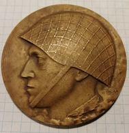 Poland Polska, Soldier Soldat Ludowe Wojsko Polskie, Army, Military, Medal Medaille, 7 Cm - Tokens & Medals