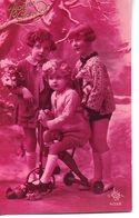 Vraie Photo ROSE : Petites Filles Sur Un Vélo Rigolo - Groupes D'enfants & Familles