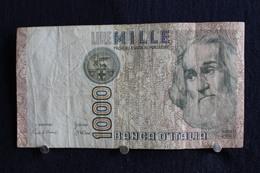 18 / Italie - 1946: République Banca D'Italia,1000 Lire, Mille - 6 Janvier 1982 /  N° AD  360667  R - 1000 Lire